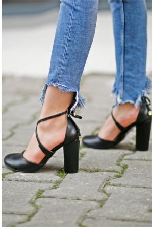 İnce Topuk Topuklu Ayakkabı 7YAZA0314004