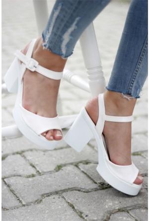 İnce Topuk Topuklu Ayakkabı 7YAZA0317118