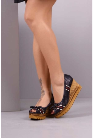 Peri Kızı Henna Dolgu Topuklu Ayakkabı - Lacivert