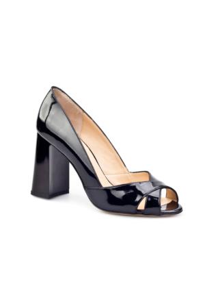 Cabani Topuklu Günlük Kadın Ayakkabı Siyah Rugan
