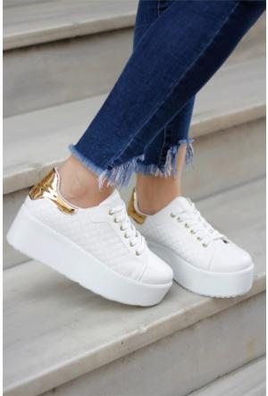 İnce Topuk Kalın Taban Bağcıklı Spor Ayakkabı Beyaz