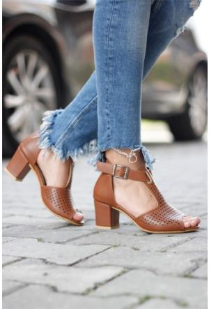 İnce Topuk Topuklu Sandalet Taba