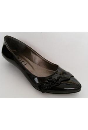Arıcı Siyah Rugan Bayan Babet Ayakkabı