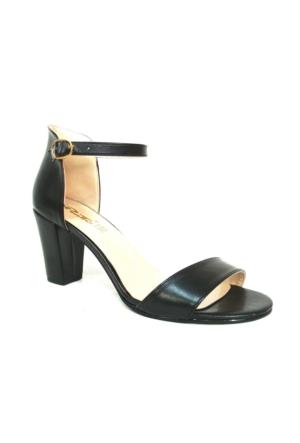 Punto 635196 Siyah Tek Bantlı Bayan Sandalet Ayakkabı