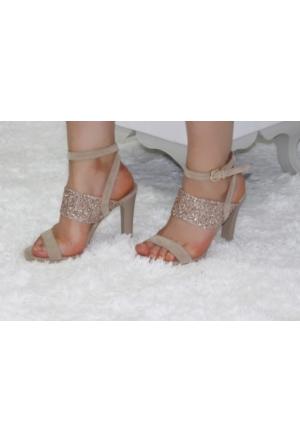 Feminant Cam Taşlı Bej Sandalet