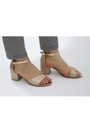 Feminant Altın Topuklu Sandalet