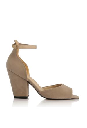 EsMODA Cc-40 Ten Süet Klasik Topuklu Ayakkabı
