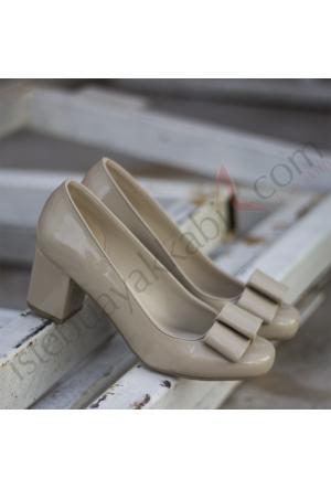 İştebuayakkabı Henrika Rugan Topuklu Ayakkabı