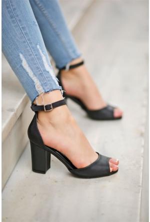 İnce Topuk Kadın Topuklu Ayakkabı 7Yaza0345004