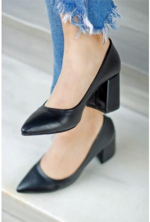 İnce Topuk Kalın Topuklu Stiletto