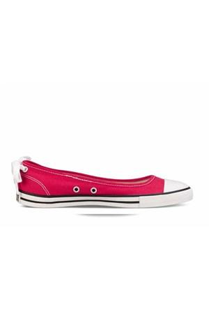 Converse Kadın Günlük Ayakkabı 537092