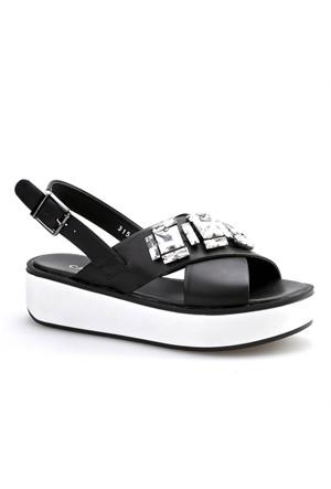 Cabani Taş Süslemeli Kadın Sandalet Siyah Deri