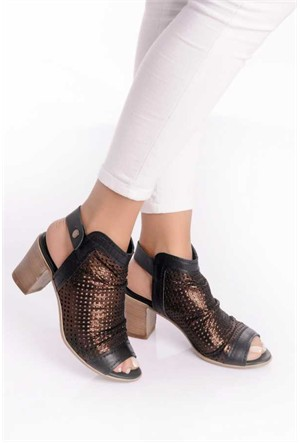 Bueno Siyah Simli Topuklu Şık Ayakkabı