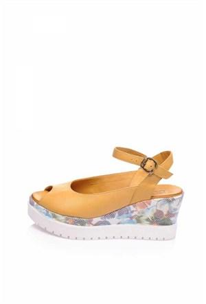 Bueno Taba Klasik Deri Dolgu Topuk Kadın Sandalet