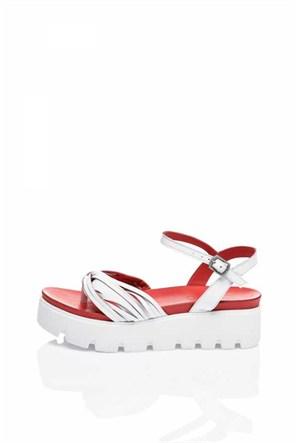 Bueno Kırmızı Beyaz Deri Parmak Arası Dolgu Topuk Kadın Sandalet