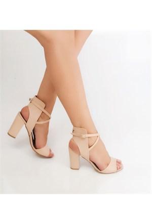 Mıo Gusto Ten Rengi Kalın Yüksek Topuklu Sandalet