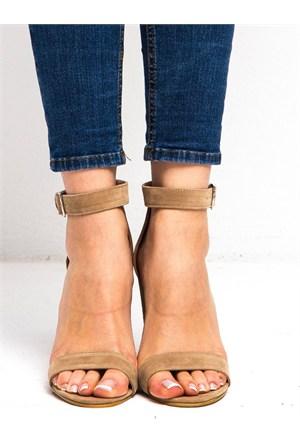 Mecrea Exclusive Roselyn Bej Süet Kalın Topuklu Sandalet