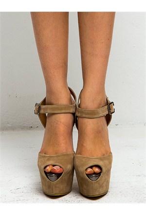Mecrea Exclusive Yolanthe Bej Süet Platform Topuklu Ayakkabı
