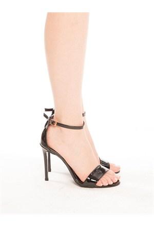 Mecrea Exclusive Dolce Vita Siyah Rugan Topuklu Sandalet