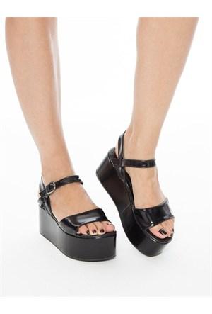 Mecrea Exclusive Yensia Siyah Mat Rugan Kalın Taban Sandalet
