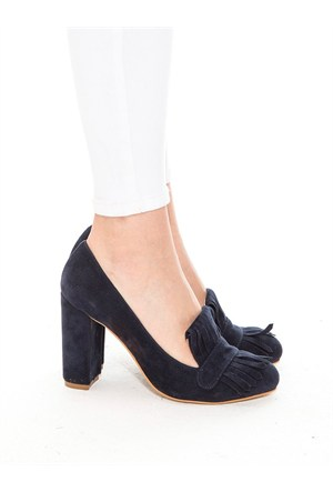 Mecrea Exclusive Alexis Lacivert Süet Püsküllü Topuklu Ayakkabı
