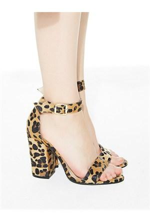 Mecrea Exclusive Roselyn Leopar Tüylü Kalın Topuklu Sandalet
