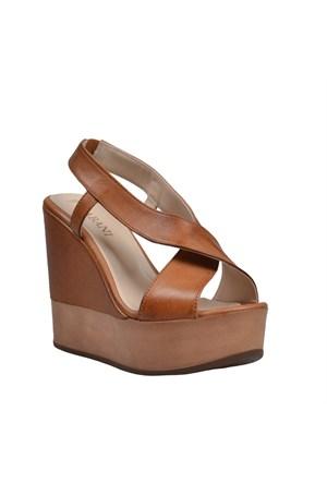 Cabani Dolgu Topuklu Günlük Kadın Ayakkabı Taba Deri