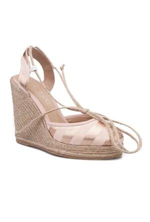 Cabani Bilekten Bağlamalı Günlük Kadın Ayakkabı Bej Deri