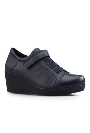 Cabani Cırtlı Günlük Kadın Ayakkabı Lacivert Deri