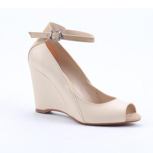 Cudo 10549 Günlük Dolgu Topuk Boy 9Cm Bilek Kemerli Kadın Sandalet