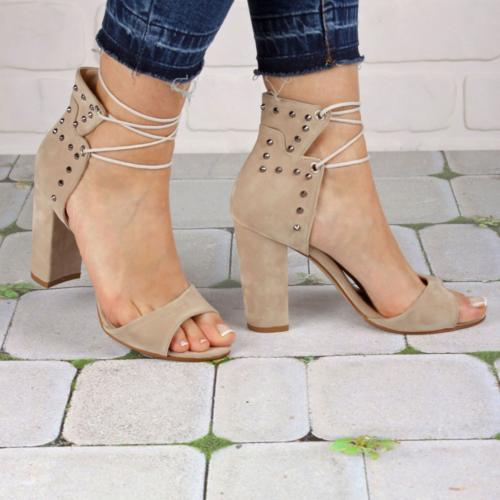 İnce Topuk Bej Süet İpli Topuklu Ayakkabı