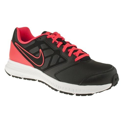 Nike 143 684654M Siyah Spor Ayakkabı
