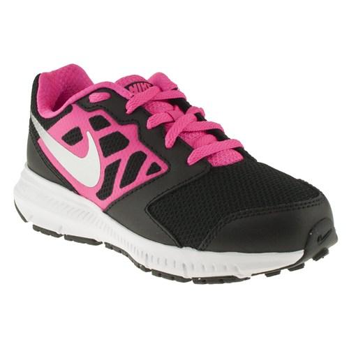 Nike 143 685167F Siyah Spor Ayakkabı