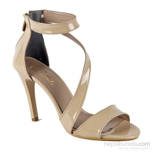 İnce Topuk Kadın Topuklu Ayakkabı Bej Rugan