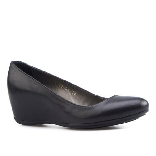 Cabani Dolgu Topuklu Günlük Kadın Ayakkabı Siyah Soft Deri