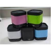 A7 Fm Radyolu Işıklı Bluetooth Mini Hoparlör Ses Bombası Speaker Yeşil