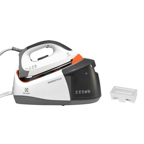 Electrolux EDBS 3350 Quick Steam 4,5 Bar Çelik Tabanlı Otomatik Kapanma Özellikli Buhar Kazanlı Ütü