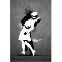 Maxi Poster Warzone Kiss Graffiti