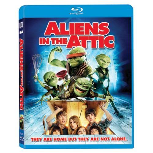 Aliens In The Attic (Evimde Uzaylı Var) (Blu-Ray Disc)
