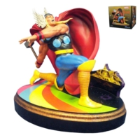 Diamond Select Marvel Premier Collection: Thor Statue