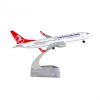 Tk Collection B737 800 1/250 Plastik Model Uçak