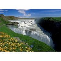 Trefl 1000 Parça İzlanda Şelaleleri Puzzle