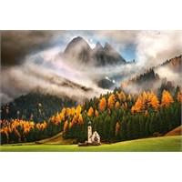 1000 Parça Puzzle Magic Of The Mountains (Castorland 103270)
