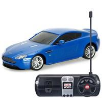 Maisto 1:24 Aston Martin V8 Vantage S R/C Mavi Uzaktan Kumandalı Araba