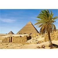 Castorland 1500 Parça Puzzle Pyramids İn Giza, Egypt