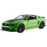 Maisto 2014 Ford Mustang Street Racer S/E 1:24 Yeşil