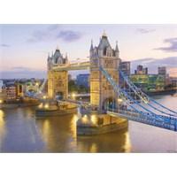 Clementoni 1000 Parça Puzzle Tower Bridge