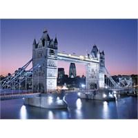 Clementoni 3000 Parça Puzzle Tower Bridge