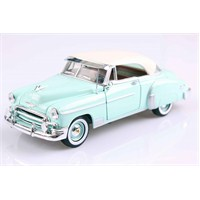 Motomax 1950 Chevy Bel Air 1/24 Die Cast Model Araç