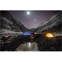 Clementoni 1000 Parça Everest Tepesinda Kamp